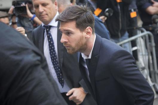 Messi, Vergi Kaçırma suçundan mahkemeye çıktı