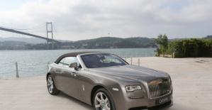 Rolls-Royce Dawn Görücüye Çıktı! Fiyatıyla Dudak Uçuklatıyor