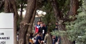 Diyarbakır'da polis servisine yapılan saldırının şiddeti