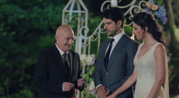 Kara Sevda'da Kemal ve Asu evleniyor mu? 34. Bölümde neler olacak?