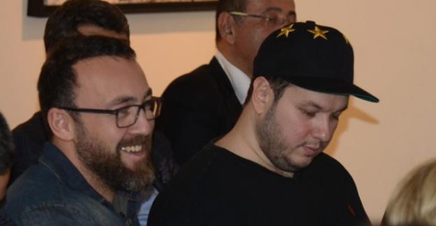 Şahan Gökbakar, 120 bin liraya tablo satın aldı