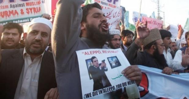 Pakistan'da suikastçi Mevlüt Mert Altıntaş propagandası
