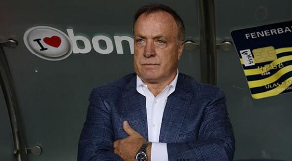 Advocaat, Başakşehirli 2 oyuncunun transferini yönetimden istedi