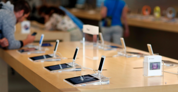 Apple, iPhone fiyatlarını uçurdu... En ucuz iPhone 7, 3799 lira!