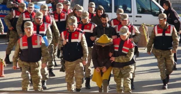 Bombalı eylem hazırlığındaki PKK'lı teröristler yakalandı