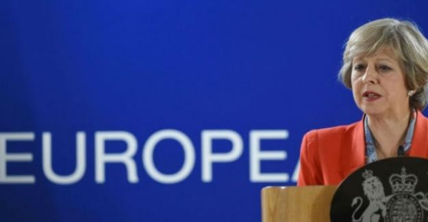 """İngiltere Başbakanı May, """"AB'den ayrılıyoruz ama Avrupa'dan ayrılmıyoruz"""""""
