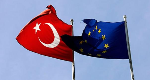 """Almanya, """"Türkiye'nin AB üyeliği tehlike altında"""""""
