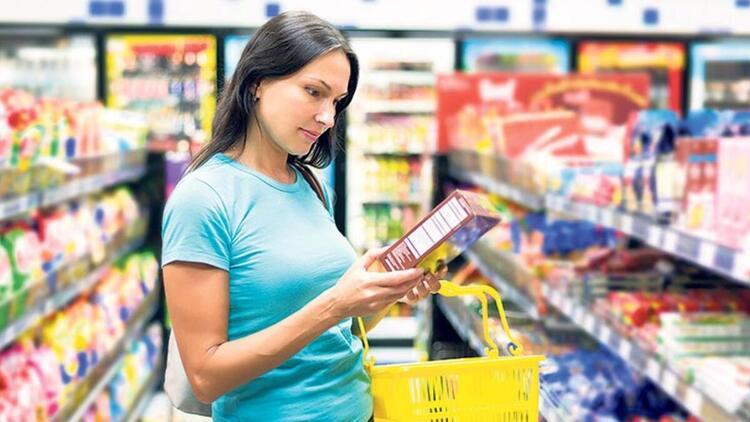 Paketli ürünlerin etiketi okunmalı