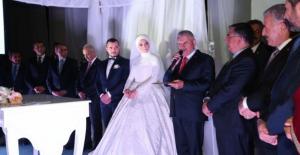 Başbakan Binali Yıldırım'dan yeğeninin nikahında tepki çeken sözler