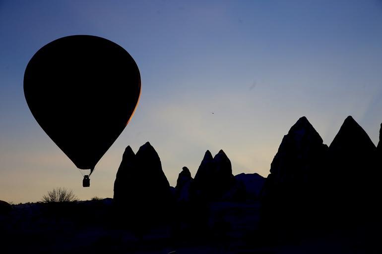 Turistler gökyüzünden izledikleri Kapadokyaya hayran kaldı