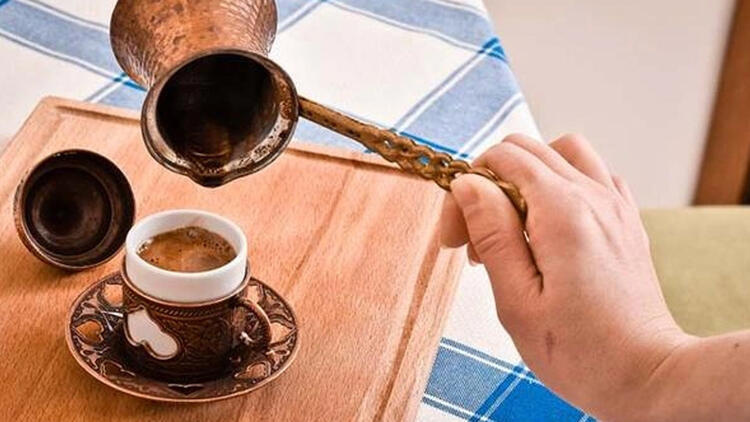 Yağlı Türk kahvesi nasıl hazırlanır