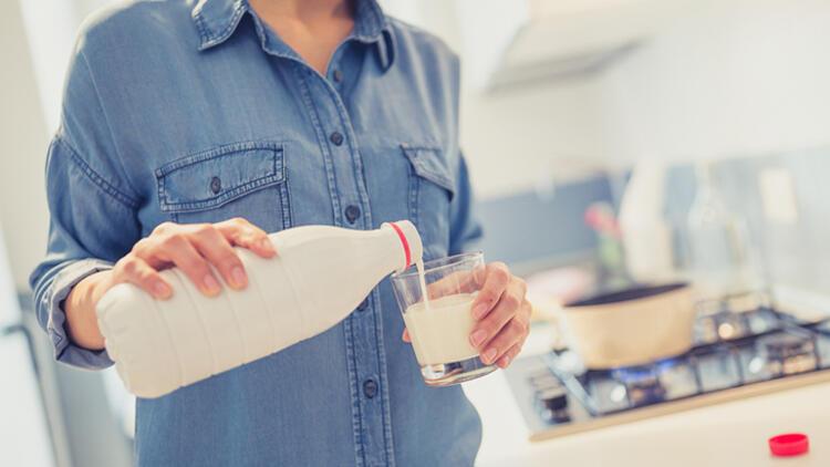 Düzenli olarak süt içilirse ne olur