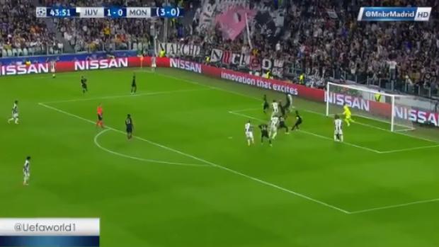 Dani Alves'ten Monaco ağlarına muhteşem gol