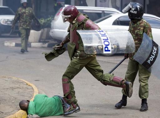 Kenya'da protestoculara polis şiddetli karşılık verdi