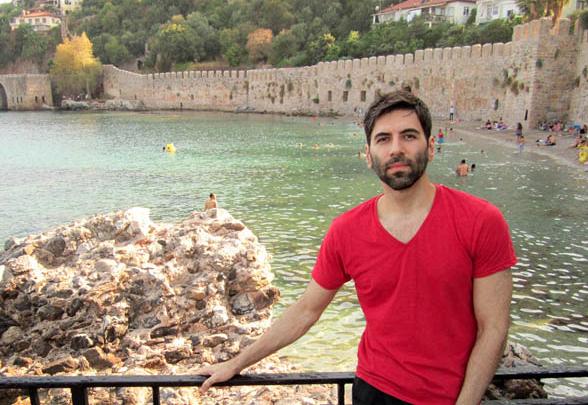 Türkiye'ye gelmemek için 10 nedeni sıraladı