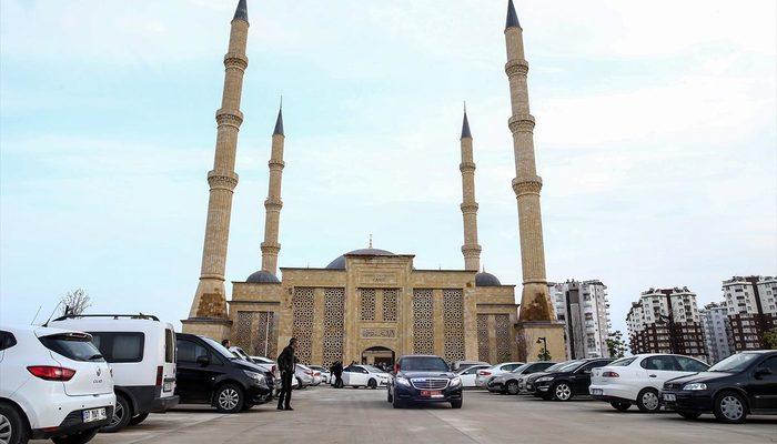 15 bin kişilik Akdeniz Üniversitesi Camisi Ramazan'a yetişecek