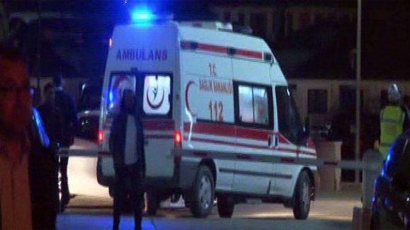 Teröristlerin attığı molotof komiseri yaktı