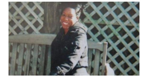 2 yaşında ki çocuk annesini öldürdü