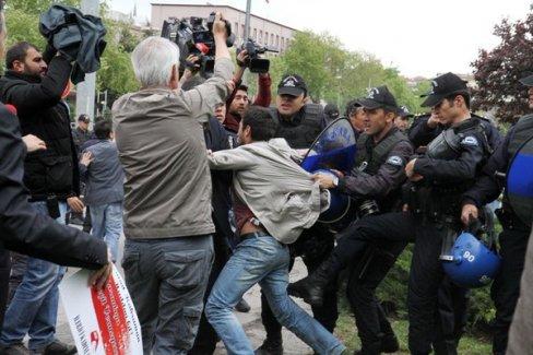 """Ankara'da """"Laikliği Kazanacağız"""" eylemi yapıldı"""