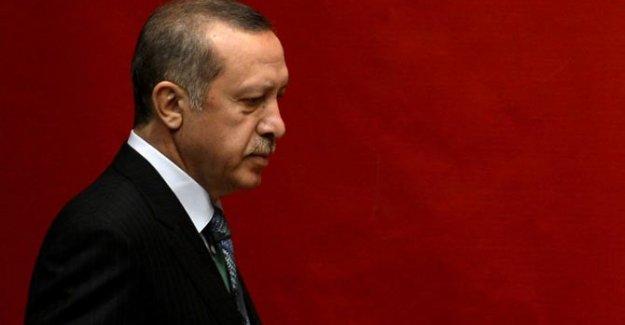 Cumhurbaşkanı Erdoğan, Davutoğlu hükümetini eleştirdi
