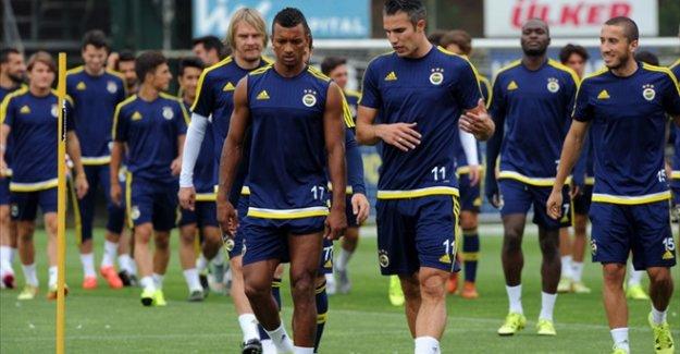 Fenerbahçe'nin yabancıları utanıyor