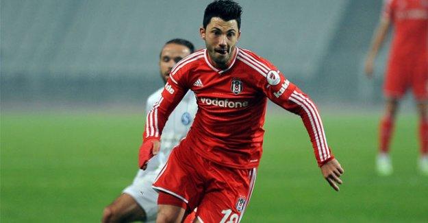 Galatasaray kancayı Tolgay'a takmaya çalışıyor