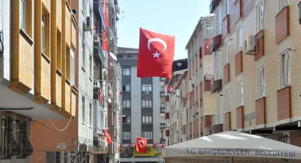 İstanbul'a şehit haberi gelmeye devam ediyor