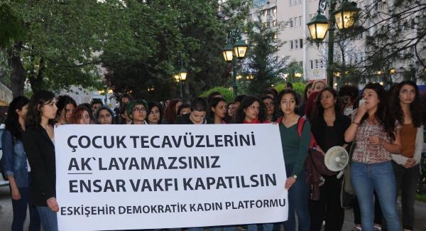 Kadınların 'Ensar Vakfı' eylemi
