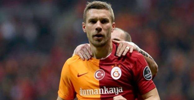 Lukas Podolski'den Cumhurbaşkanı Erdoğan'a destek