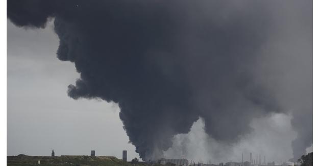 Meksika'da petrol tesisinde patlama oldu