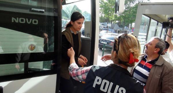 Sakarya'da terör operasyonunda gözaltına alınanlar adliyeye sevk edildi