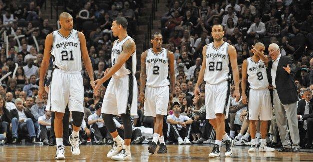 Spurs ve Cavaliers temizliği erken bitirdi