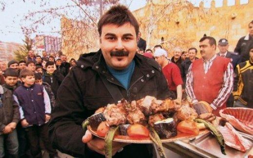 STV'nin maceracısı Murat Yeni cemaat hakkında şok açıklamalarda bulundu