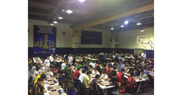 245 okul, 1500 öğrenci satranç masasında buluştu