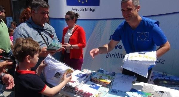 AB Ateşesi Shmitd: Türkiye vize muafiyetinde çok yol katetti