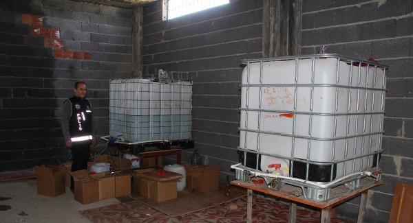 Adana'da 7 ton kaçak içki ele geçirildi