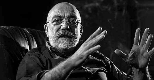 Ahmet Altan Köşe Yazısıyla Gündeme Oturdu