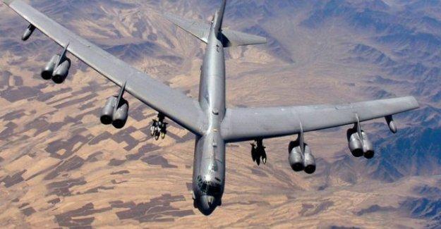 Amerika'nın bombardıman uçağı B-52 düştü