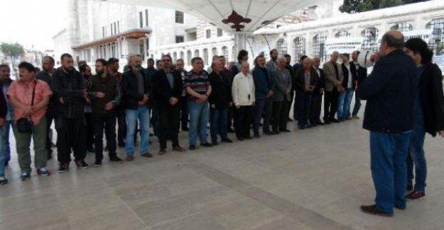 Antikapitalist müslümanlar 1 Mayıs'ı camide kutladı
