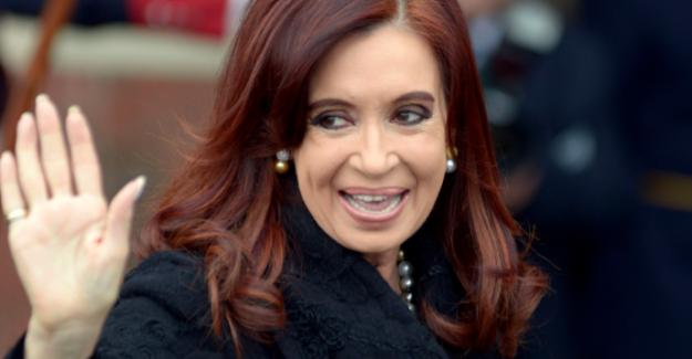 Arjantin'nin eski lideri Cristina Fernandez dolandırıcılıkla suçlanıyor