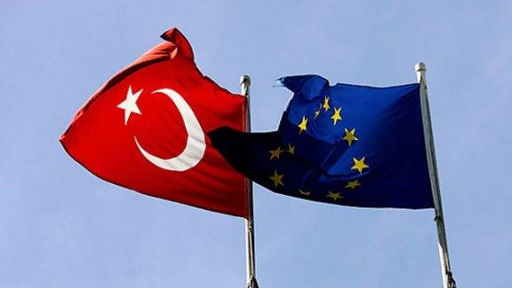 Avrupa Birliği'nden vize serbestisi açıklaması
