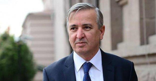 Aydın Ünal'dan 'düşük profilli Başbakan' açıklaması