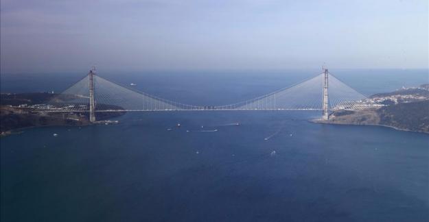 Beşiktaş Bayrağı Yavuz Sultan Selim Köprüsünde Dalgalanıyor !