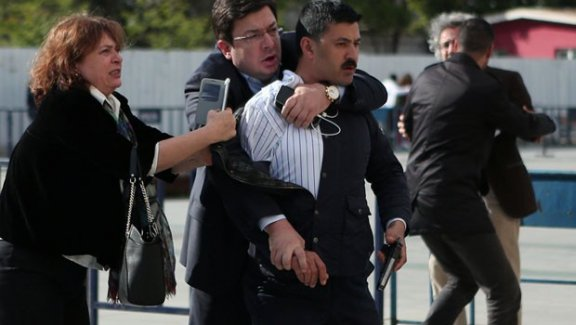 Can Dündar'a saldıran kişinin ilk ifadesi: Dündar vatan hainidir!