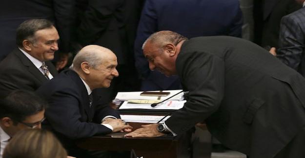 Devlet Bahçeli ve Türkeş istifanın ardından ilk kez bir arada görüntülendi