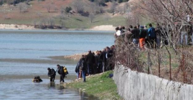 Düşürdüğü oltasını almak için girdiği baraj gölünde boğuldu