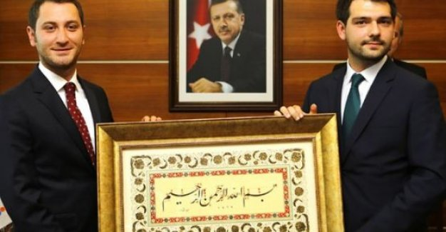 Erdoğan'ın Başdanışmanı Zafer Çubukçu Kimdir Kaç Yaşında Nereli? -Ne iş Yapıyor!
