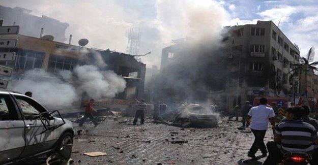 Esad ateşkes dinlemeden vuruyor