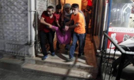Evinin balkonunda polis kurşunu ile vurulan Pınar Gemsiz hayatını kaybetti