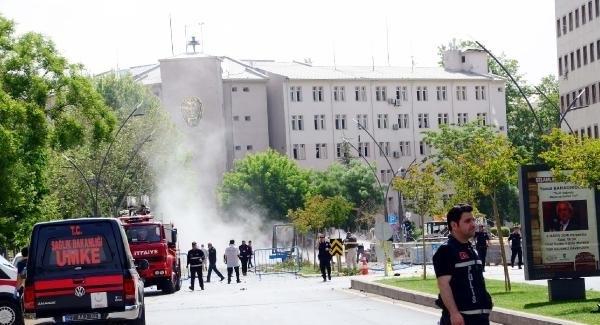 Gaziantep Emniyet Müdürlüğü'ne bombalı saldırı: 1 şehit